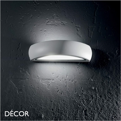 GIOVE OUTDOOR WALL LIGHT, WATER & MOISTURE RESISTANT
