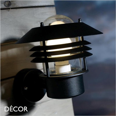 VEJERS WALL LIGHT, BLACK