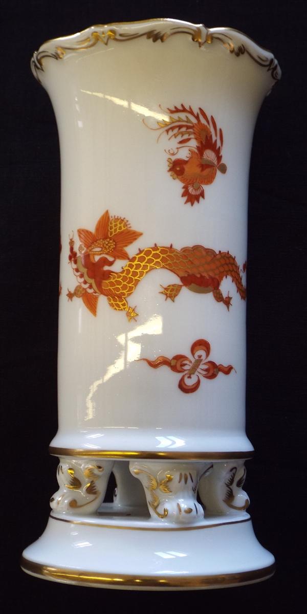 Meissen Red Dragon Spill Vase On Scroll Feet Sold