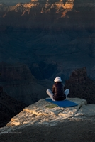 Landscape Photography | Lady sitting on ledge South Rim