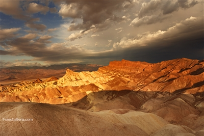 Landscape Photography | Fine Art Photography | Golden Sunrise at Zabriskie Point