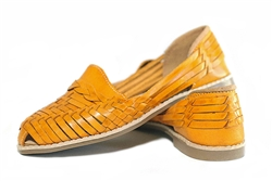 Women's Closed Toe Colonial Huaraches Sandals - Yellow