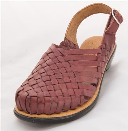 Closed Toe Ciruela Huaraches Sandals