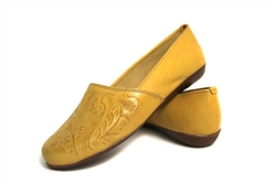 Women's Closed Toe Tooled Huaraches Sandals - Yellow