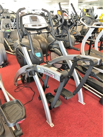 Cybex 600a Arc Trainer - Commercial (Pre-Owned)