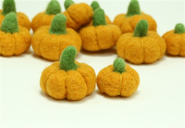 Orange Felt Pumpkins - 3.0 cm