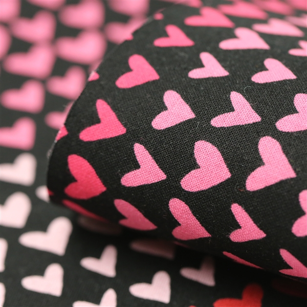 Gradient Hearts Black