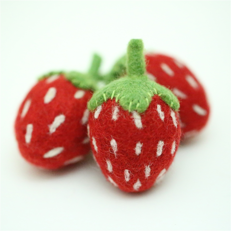 Felt Strawberries - Red/Lght Green