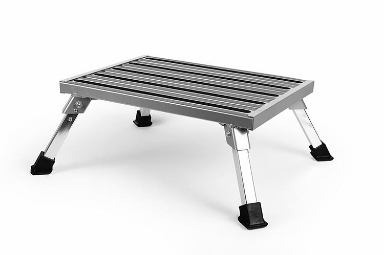 Peachy Camco 43677 Aluminum Platform Step Stool Inzonedesignstudio Interior Chair Design Inzonedesignstudiocom