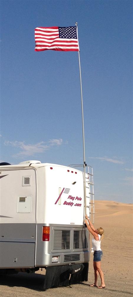 FlagPole Buddy 106DPH22 Fiberglass Pole - 22 Ft