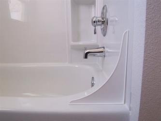 . Golden Ideas 4TT W White Tub Tender Splash Guard