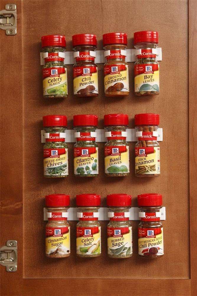 Spice Clips 92102 Cabinet Door Spice Rack