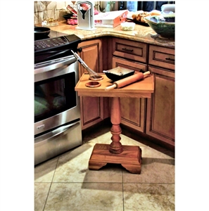 The Table Server 3F-05O Oak ChairSide End Table With Turned Leg