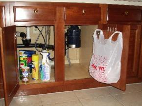 Baggit 7530537 Brakkit Garbage Bag Holder