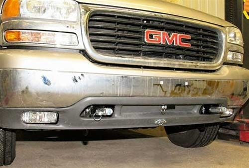 GMC Yukon 2500 Blue Ox Base Plate