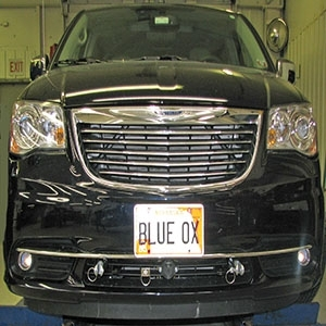 Blue Ox Base Plate Chrysler Town & Country