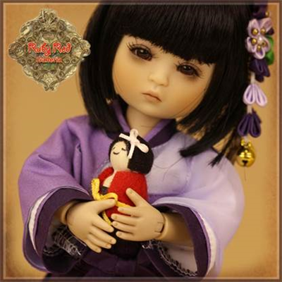 Ruby Red Galleria Four Kindergartner: Miki FA0024A