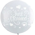 3 foot Qualatex JUST MARRIED on DIAMOND CLEAR