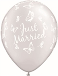 11 inch Qualatex Just Married Butterflies-A-Round on DIAMOND CLEAR