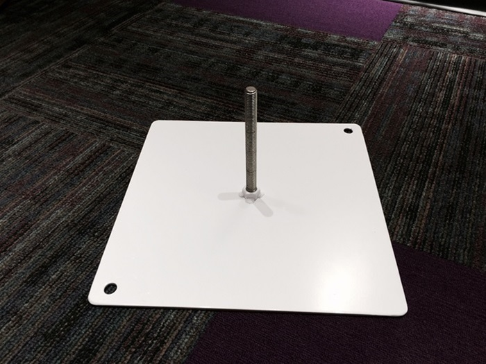 Base Plate With 1 Riser