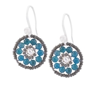 Ziio's new Pastel Collection brings us their small Soleil Oval Earring. Light Blue Apatite Gemstones are surround by soft grey Murano Glass seed beads. A single White Pearl accents the center. 925 Sterling Silver Hooks. Made in Italy