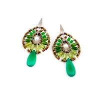 From Ziio's new Fenice Collection these vibrant Green Drop Earrings are perfect for warm weather Season. Green Jade & Peridot Gemstones are in the oval drop, accented with White Pearls. A large single, polished, Green Onyx teardrop finishes the look.