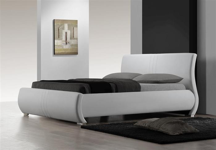 2120 K WHT Montecito King Size Bed, White
