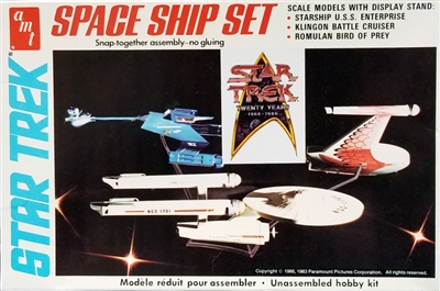 AMT6677 Star Trek Space Ship Set