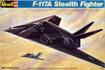 Revell _#4382_F-117A_Stealth_Fighter