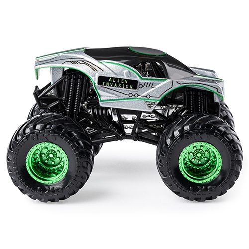1:64 Alien Invasion Legacy Trucks Series 1