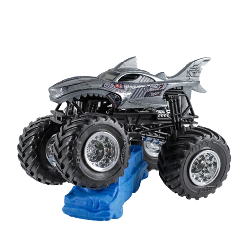 1:64 Hot Wheels Cyborg Shark Truck - Re-Crushable Car 3/6 Creatures