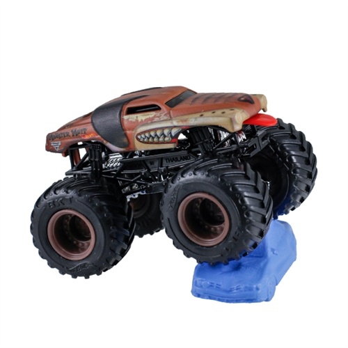 1:64 Junk Yard Dog Re-Crushable Car