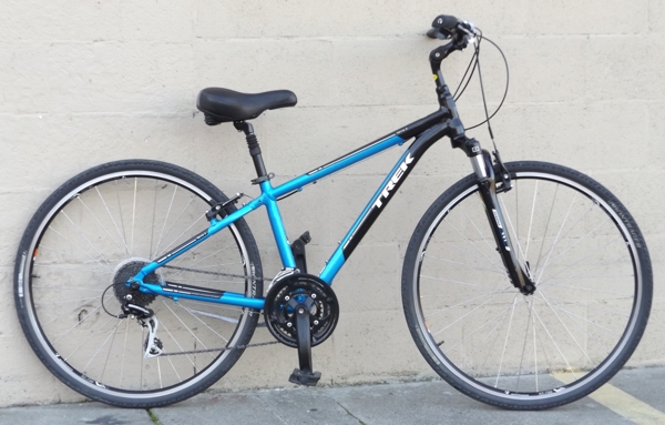 "15"" TREK Verve 3 Aluminum Suspension Comfort Utility Bike ~5'2""-5'5"""