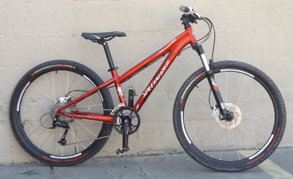 "13"" SPECIALIZED Rockhopper Expert Hardtail Hydro Disc Mountain Bike ~4'11""-5'2"""