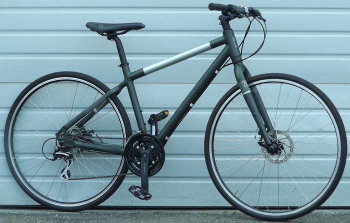 Medium Giant Seek 2 Aluminum Disc Utility Bike 5 6 5 9