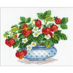 RIOLIS Counted Cross Stitch Kit, Basket Of Strawberries