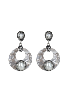 Hollow Circle Pearl Dangle Earrings E2370