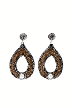 Hollow Teardrop Leatherette Pearl Earrings E2373