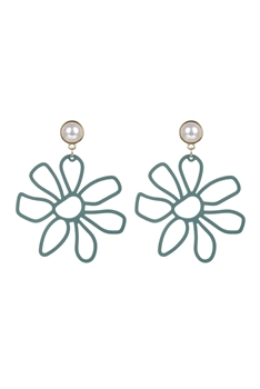 Flower Shaped Metal Pearl Earrings E2469 - Green