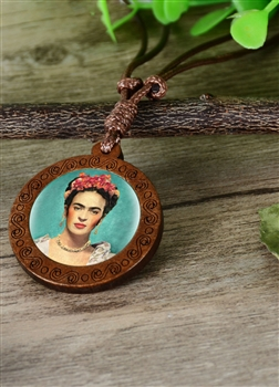 Firda Wooden Pendant Necklace N3851