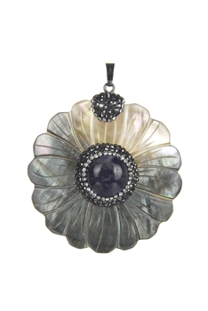 Flower Mother of Pearl Pendant P0446