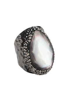 Mother of Pearl Metal Rings R1565