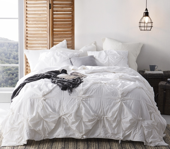 Knots Handcrafted Texture Ties Twin Xl Comforter White