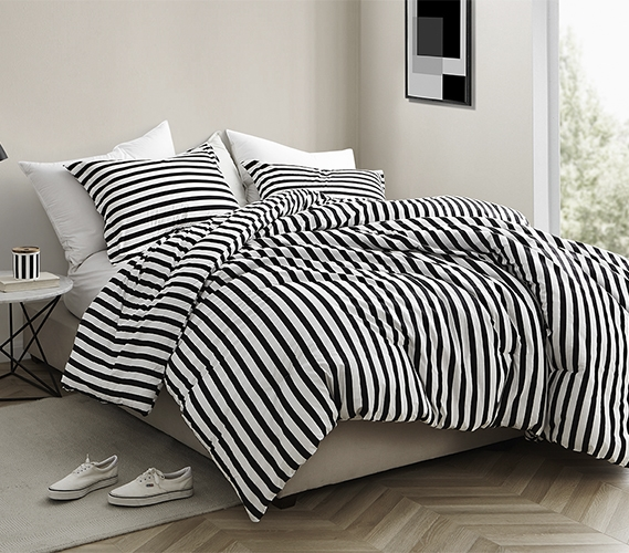 Easy to Match College Extra Long Comforter Onyx Black and White