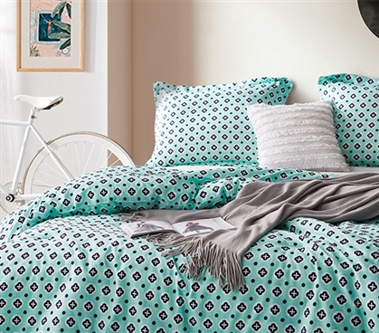Extra Long Twin Comforter and Standard Dorm Pillow Sham Morgan Elyse Unique College Bedding Decor