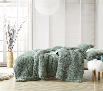 Coma Inducer Twin XL Comforter - Yo Dreads - Iceberg Green
