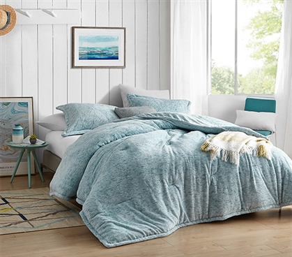 Affordable Luxury Dorm Bedding Essentials Plush Coma Inducer Streaker Smoke Blue Extra Long Twin Comforter Set
