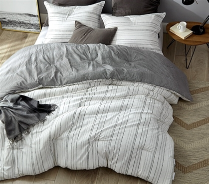 Stylish Black and White Twin Extra Long Comforter Soft Cotton Sofia Designer Dorm Bedding