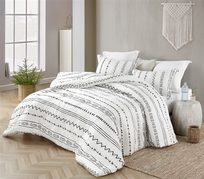Arrow Black and White Twin XL Comforter - 100% Cotton