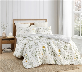 Beautiful XL Twin Bedding Country Days Designer College Comforter Made with Super Soft Cotton